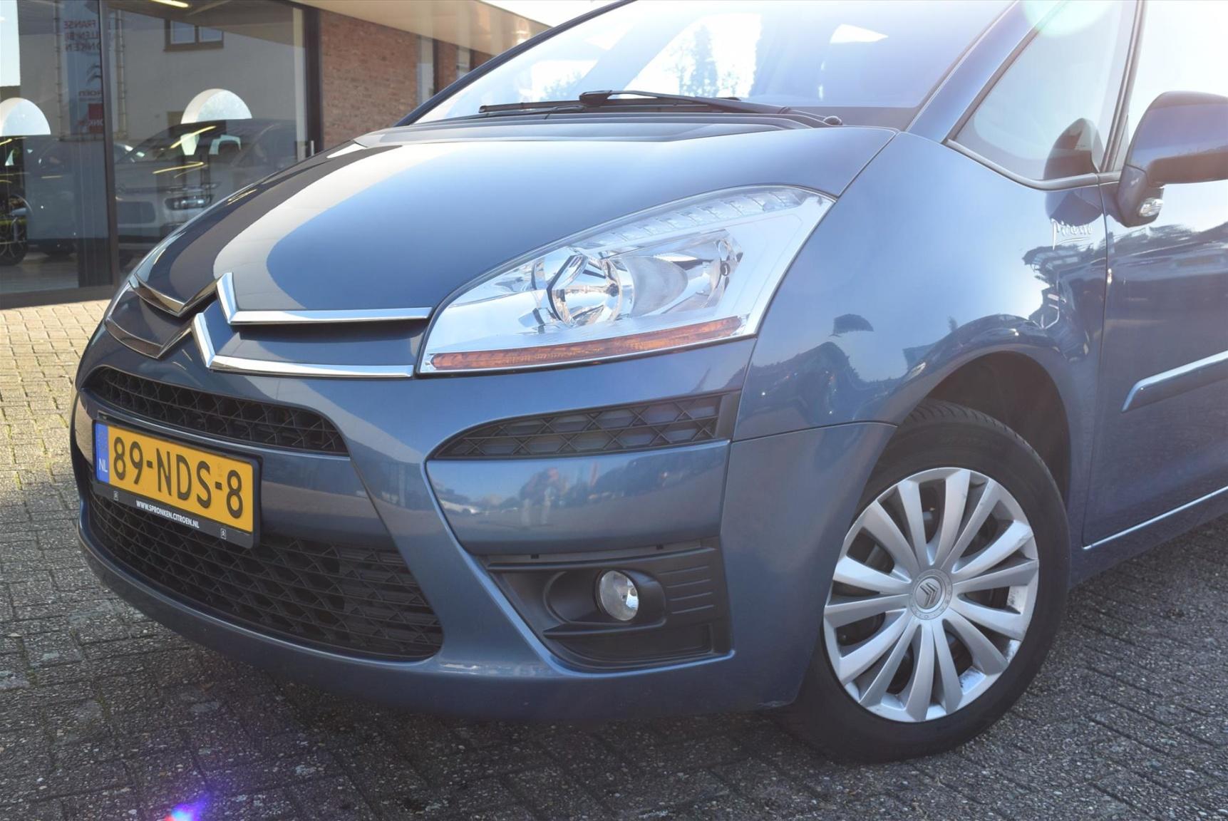 Citroën-C4 Picasso-5